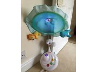 Fisher price baby cot mobile