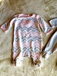 Two adorable pajamas for newborn West Island Greater Montréal image 3
