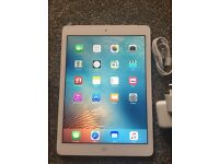 Apple iPad Air, 16gb Wifi + 4G Unlocked to all network very good condition