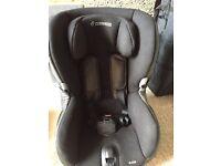 Maxi Cosi Axiss Car Seat - Black reflection