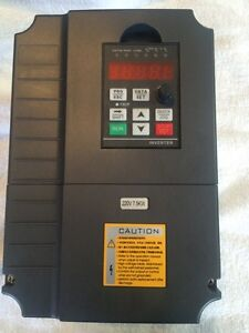10hp PHASE CONVERTER / VARIABLE FREQUENCY DRIVE