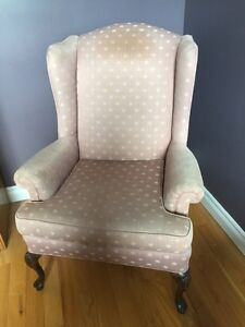 Wing chair good condition
