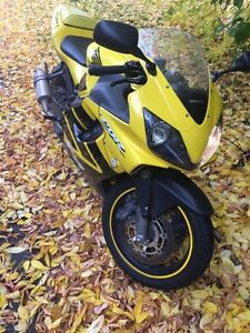 Cbr 600 f4i in amazing condition