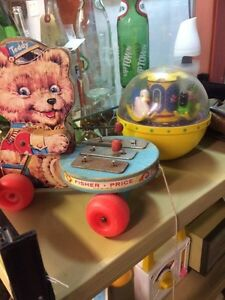 Jouets anciens Fisher price Mickey astro