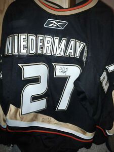 AUTOGRAPHED JERSEY MYSTERY BAGS WITH 2 SIGNED JERSEYS Edmonton Edmonton Area image 4