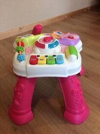 Vtech play & learn actuvity table