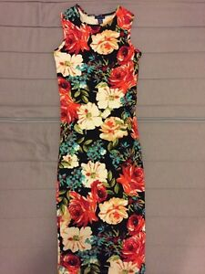 Floral stretchy dress
