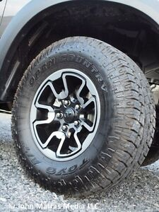 Mags ram + toyo A/T 285/70 r17