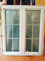 """Fenêtre à battant 2 sections- triple verre - 33.25"""" (L) X 39.5""""H"""