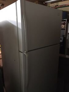 Whirlpool fridge, can deliver