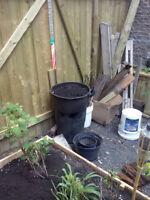 Pallettes (3) et terre à jardin / garden soil (120 L)