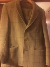 Tweed plus 4 suit