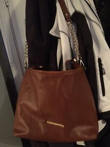 2 purses! One brown and one red