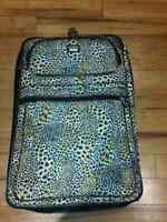 Grosse valise léopard