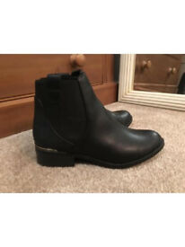 Size 5 Black Newlook Ankle Boots