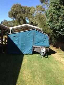 TrekMaster 7'x4' Trailer Tent, Series 3, On-Road