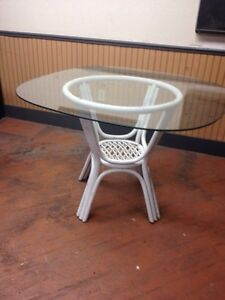 Wicker table  Kitchener / Waterloo Kitchener Area image 1