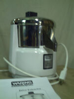 Waring Commerical Juice Extractor