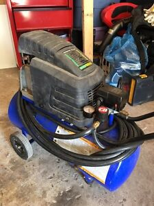 Selling a good condition 8 gallons compressor