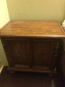 Night stand/cabinet