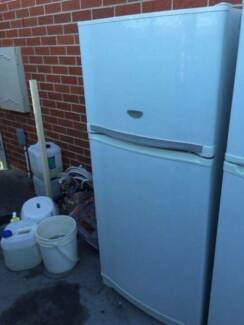 big / reliable brand great working 505 liter shap fridge , can de