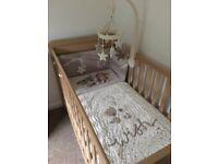 Mamas & Papas Millie & Borris Cot Mobile Brand New