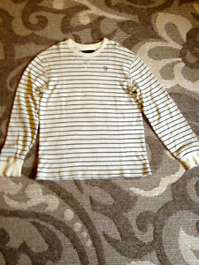Campus Crew Crew-neck Henley Size XL London Ontario image 1