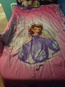 Sofia the first bed set and room decor