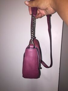 Small guess purse and mini wallet  London Ontario image 2