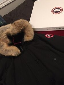 Authentic Canada Goose Ladies Large Kensington