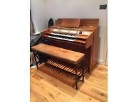 Sonata full pedal church organ