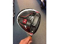 TAYLORMADE M1 430 DRIVER. 9.5' EXTRA STIFF V2 SHAFT. MINT CONDITION