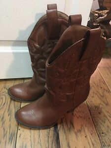 Fake Aldo and Spring western boots Cambridge Kitchener Area image 3