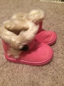 6.5 pink boots brand new