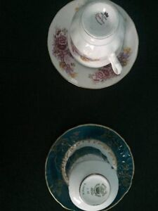Tea cups and saucers from England - bone china