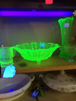 SPECTACULAR Radium glass  bowl