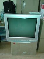 RCA 20 INCH TV