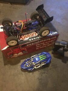 1/8 brushless 4x4 buggy in excellent condition