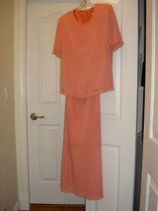 ladies dress - size 12 (mother of the bride)