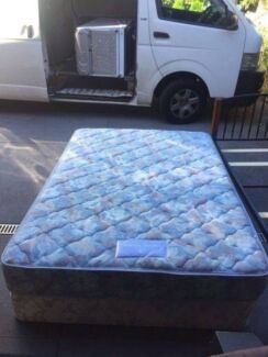 6 double / queen size base + mattress, can delivery at extra fee.