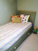 Child/Youths bed and dresser