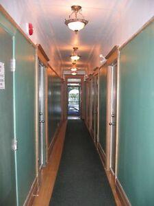 ***Montréal près du métro - chambres à louer - rooms for rent***