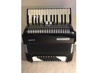 Hohner Bravo ii accordion 48 bass - as new