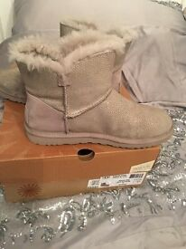 LIMITED EDITION SWAVOSKI CRYSTAL GREY UGG BOOTS