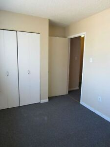 1 BR all inclusive for Jan 15th Peterborough Peterborough Area image 8