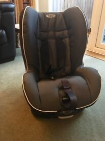 Graco childrens car seat 9-18kg mint condition