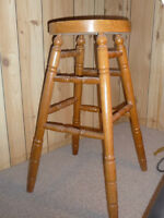2 Oak Bar Stools