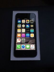 Mint iPhone 5s Rogers for sale