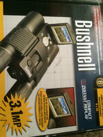 BUSHNELL BINOCULARS 8X30 WITH INSTANT REPLAY