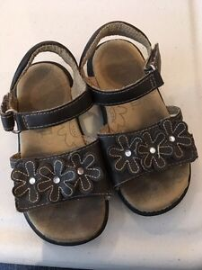 Going south?  Little girls' sandals size 7.5
